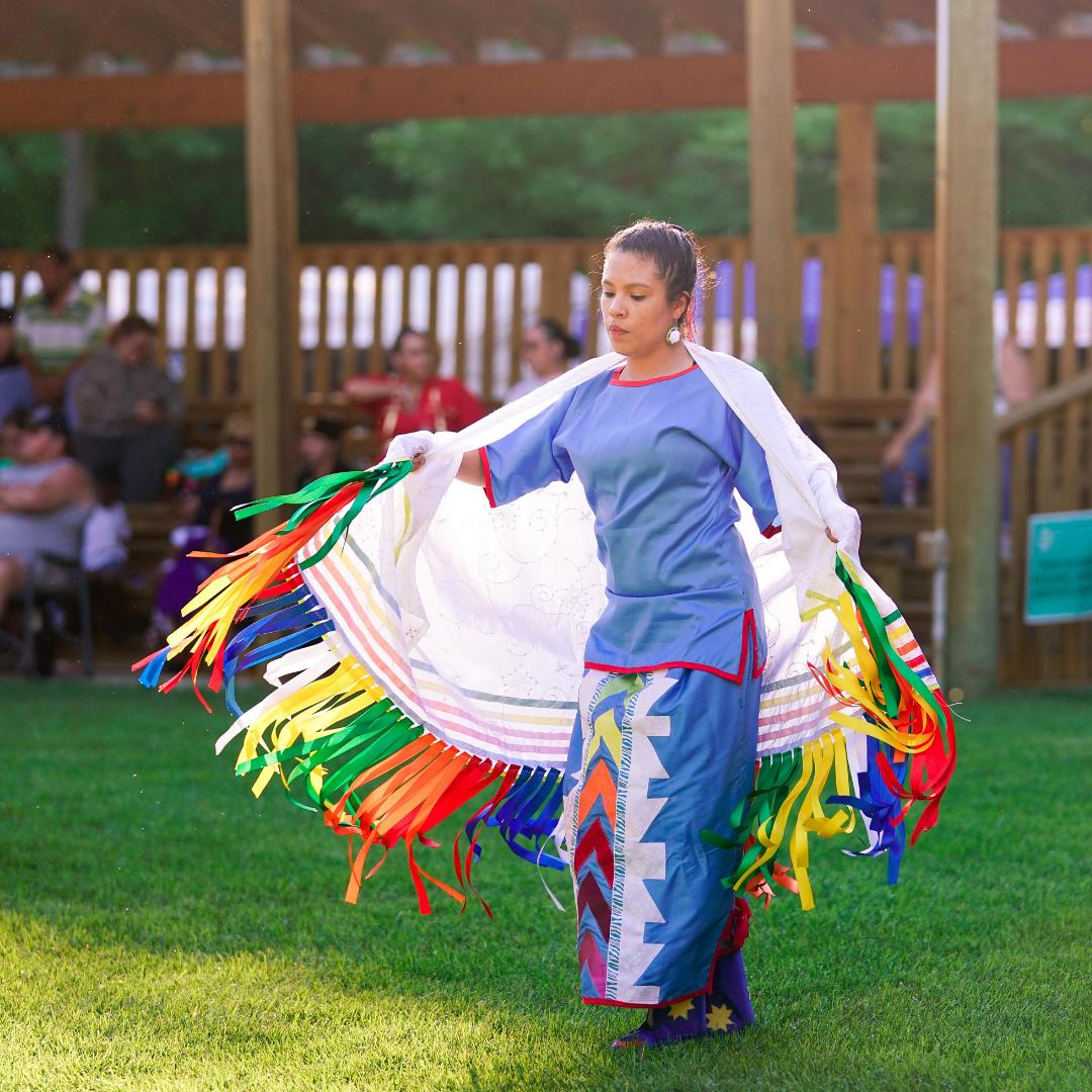 Women's Fancy Shawl Dance